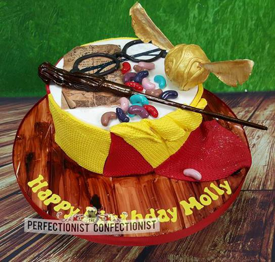 Harry Potter cake - Perfectionist Confectionist