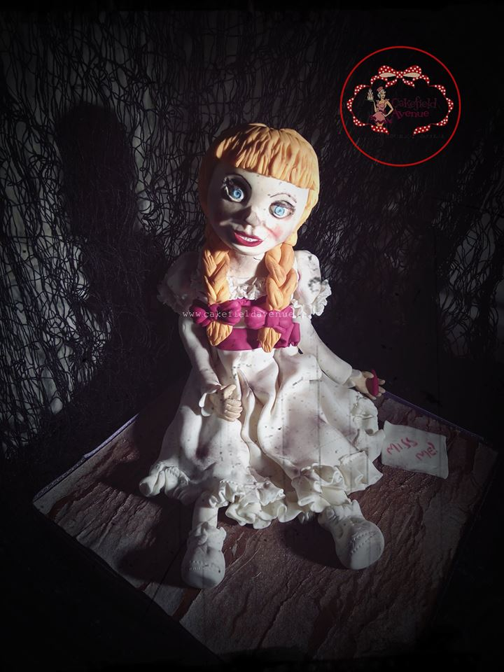 halloween cake - Cakefield Avenue