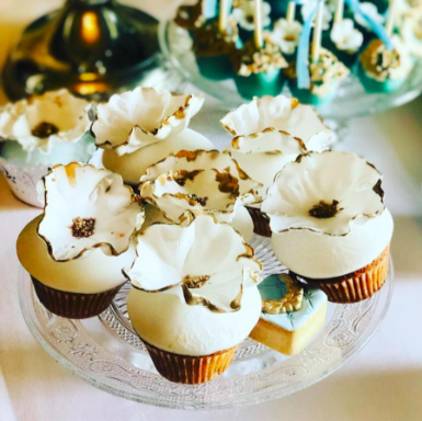 Elegant Traditionally Designed Cupcakes