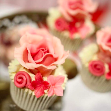 White Chocolate Raspberry Cupcakes Perfect For Weddings